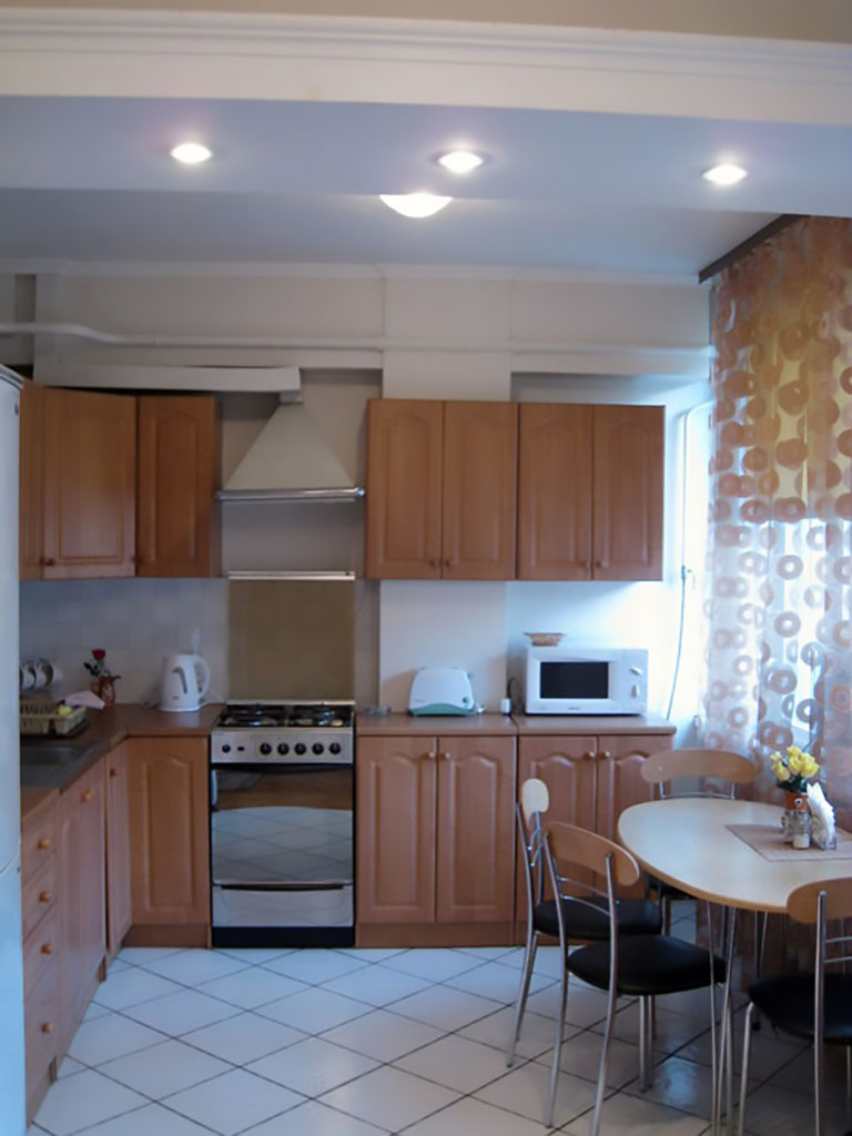 Two-bedroom apartment for daily rent in Kiev, Vladimirskaya str. 51