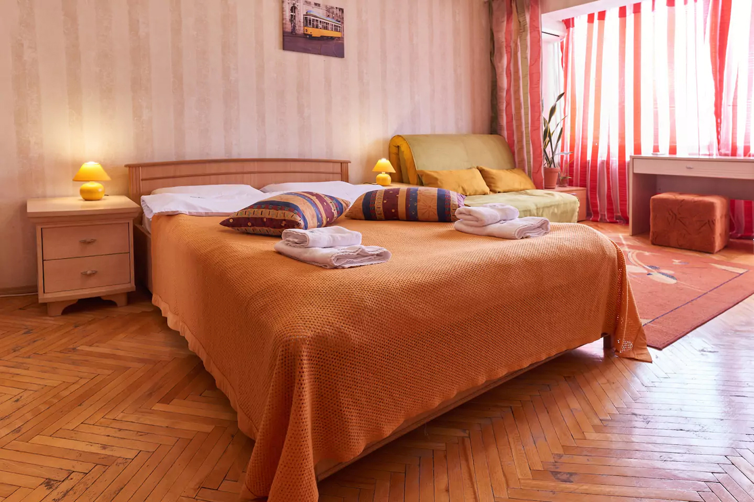 Apartment for rent in Kiev Raisy Okipnoy 7